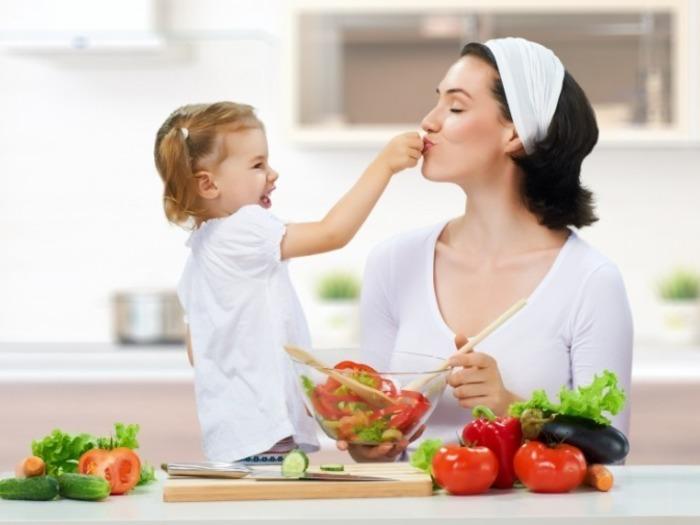 Сложился стереотип, что место женщины на кухне с детьми