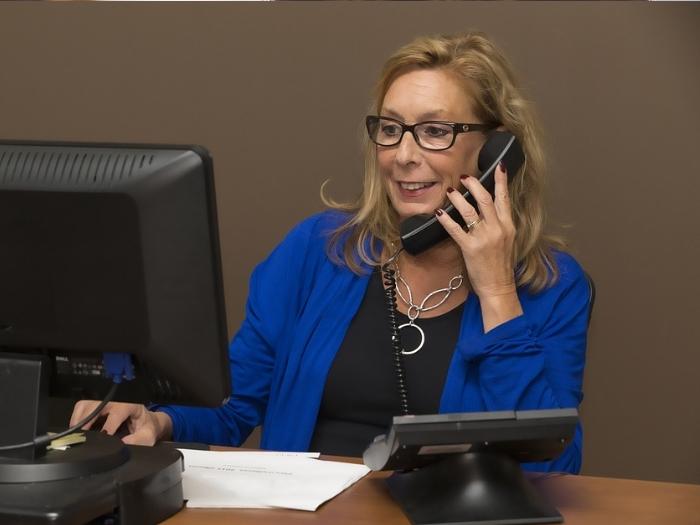 Записывайте все самое важное что сказано в телефонном разговоре, и не перебивайте