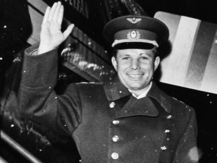 После полета Юрия Гагарина был отбор девушек для полета в космос