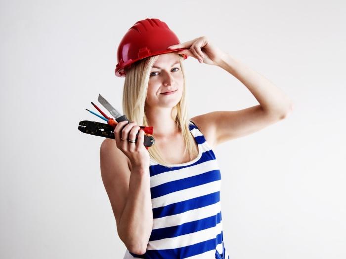 Женщинам запрещено работать на многих профессиях