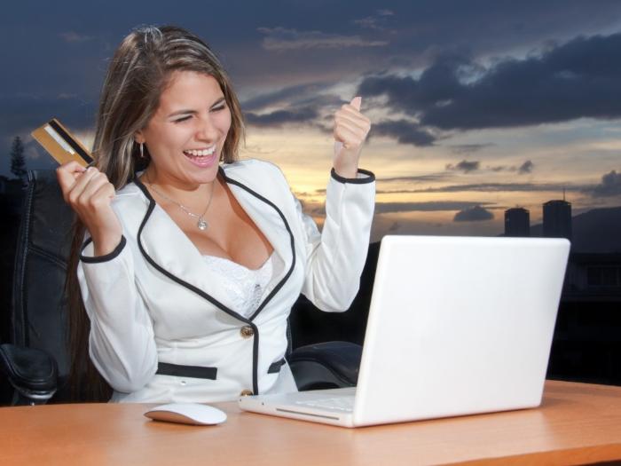 Есть риски нарватся на мошенников, но если попадется ответственный работодатель, вам повезло