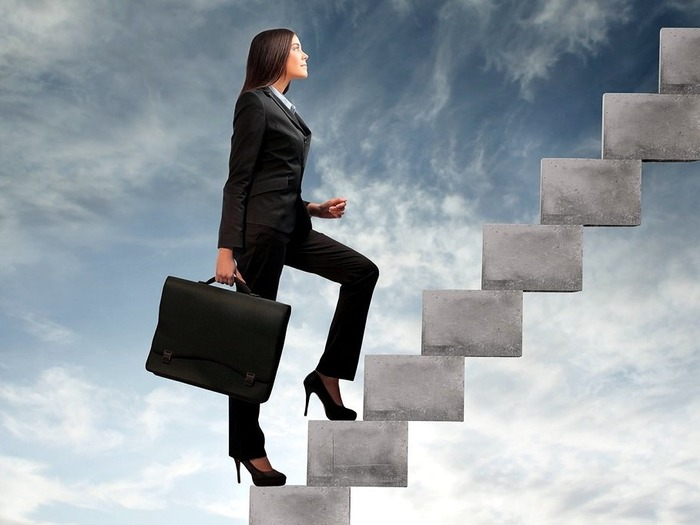 Карьерная лестница в сфере маркетинга большая