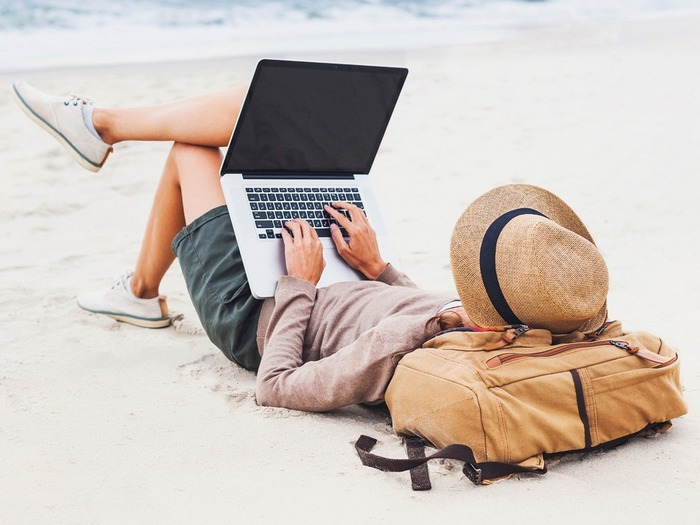 Чтобы отправиться в другой город или страну, не нужно планировать отпуск или отпрашиваться у начальства