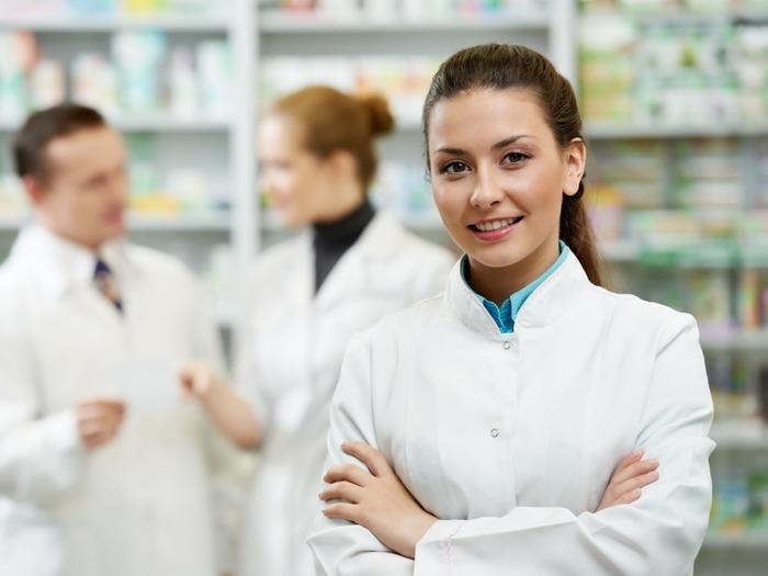 Профессия фармацевт/провизор для женщин