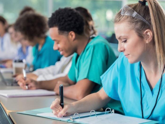 Где обучаться профессии фармацевта