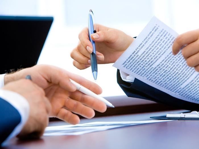 Помочь в регистрации бизнеса сможет специально нанятый юрист