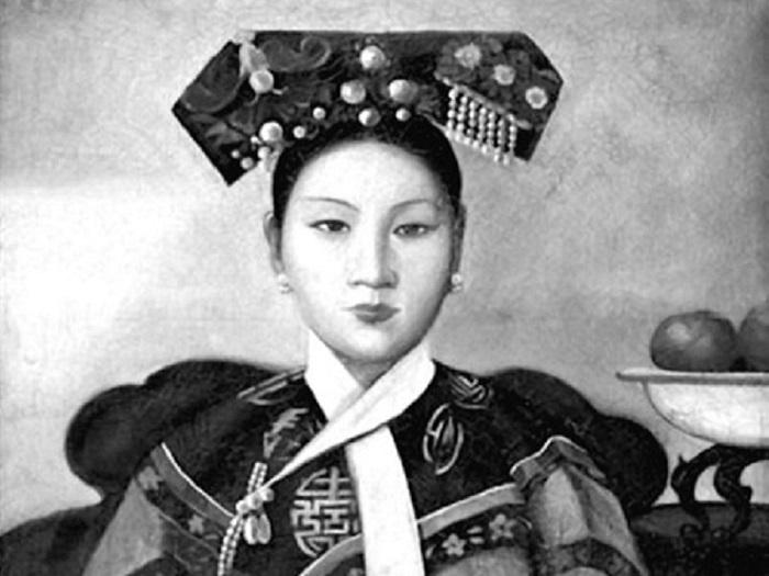 Императрица Цыси в молодости